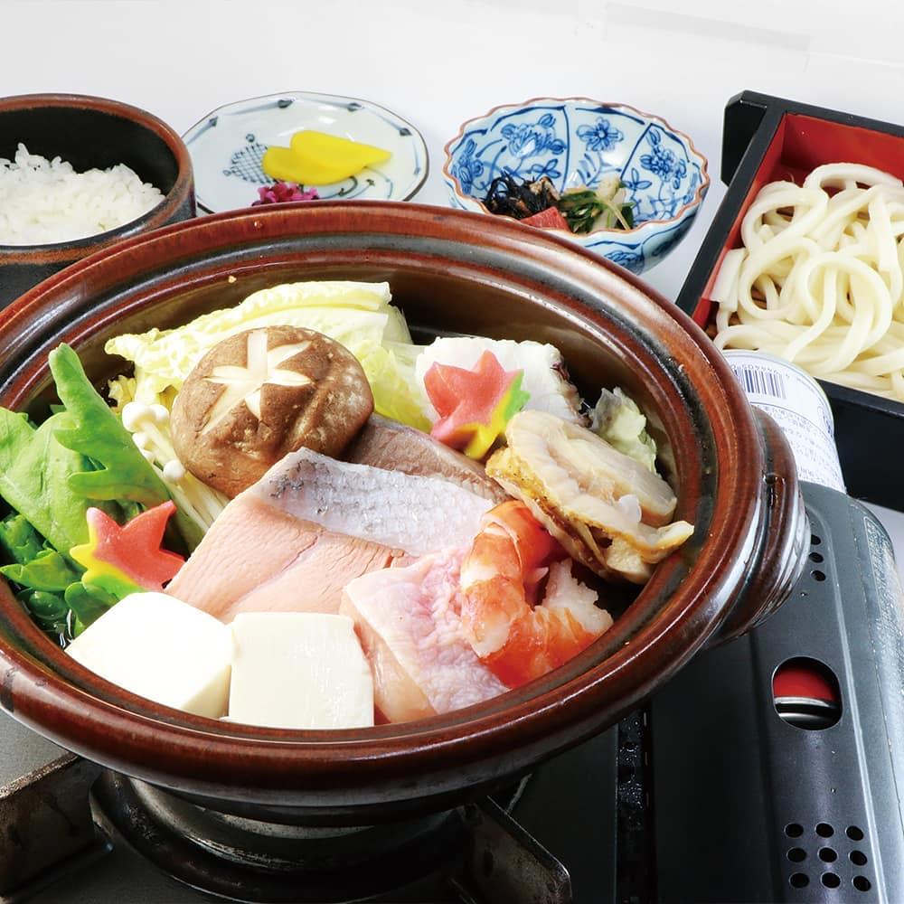 少しご紹介致します 寒い季節の定番!寄せ鍋締めうどん付きで食べごたえバッチリ! #さがの温泉天山の湯  #鍋