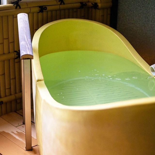 竹取壺湯(女湯のみ)・このお風呂、入ったことありますか?・竹取物語をイメージした壺湯コロンとしていて、入ると優しく包み込まれるような気持ちに。長湯できちゃうお風呂です️・台風が心配ですが、せっかくの予定が潰れてしまった方、台風が通過したら安全第一で!!!リラックスしにきて下さいね️